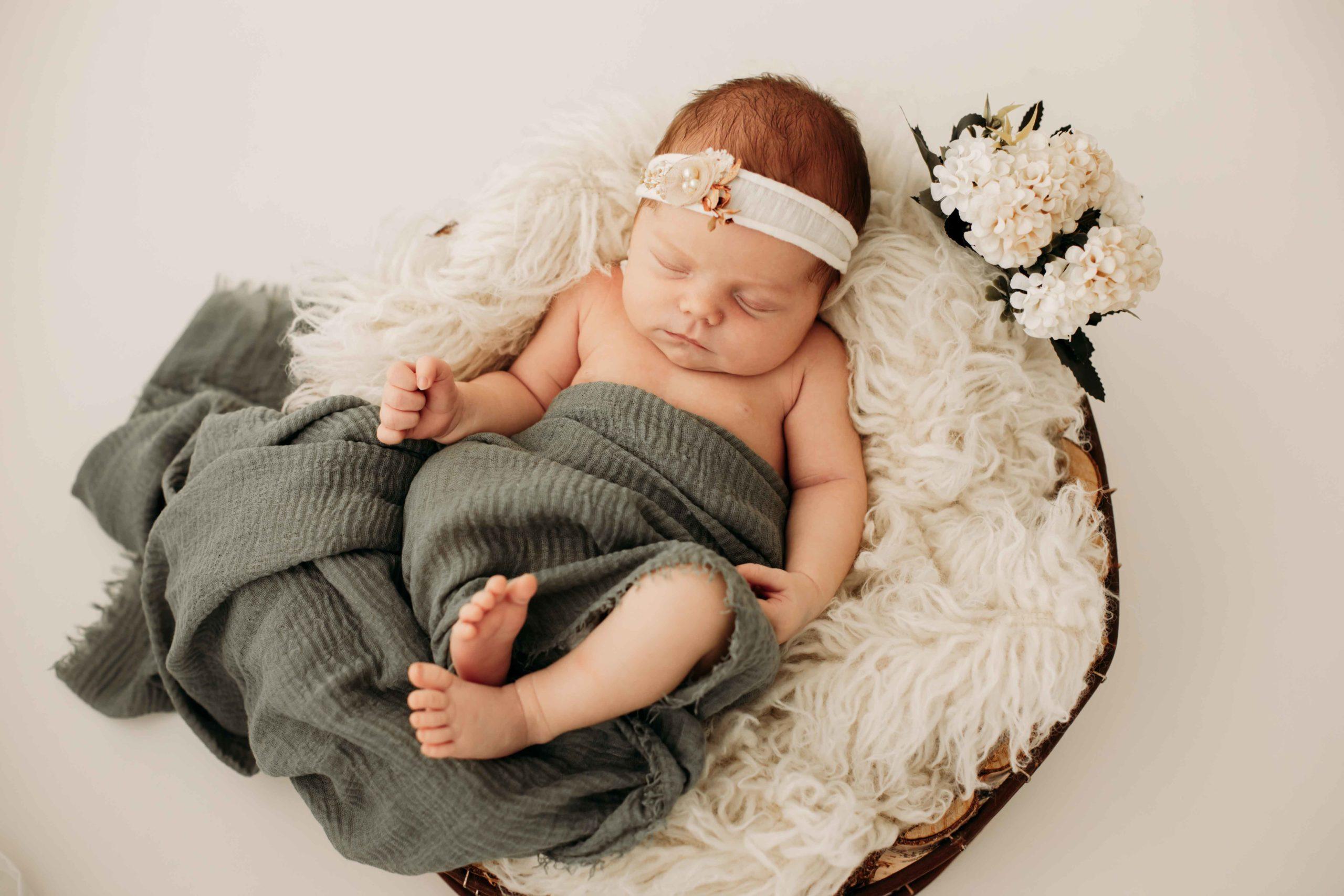 Neugeborenes, Babyshooting, Entbindung, Krankenhaus Fotograf, Familienfotografin, Fotostudio, Kreissaal Aurich, Emden, Leer